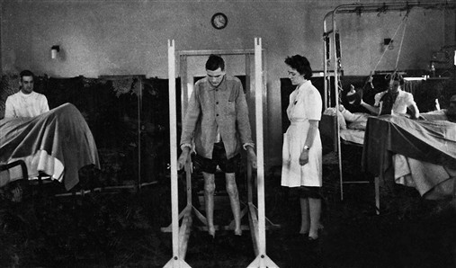 Photo:Physiotherapy on the wards, 1950s